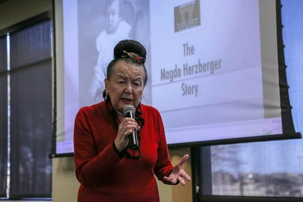 Holocaust Survivor Speaks At Prescott Campus Embry