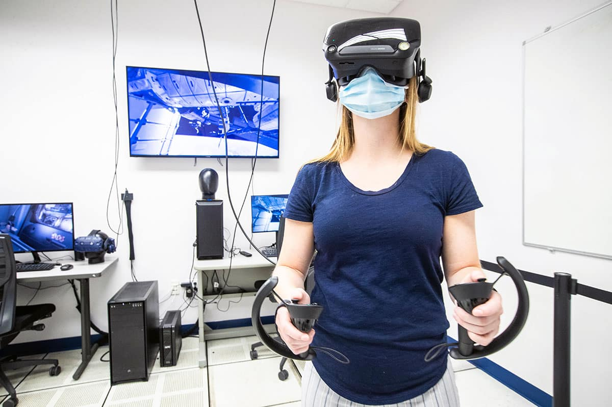 Amanda Dargie, Graduate Student in Occupational Safety, uses the College of Aviation's XR Lab