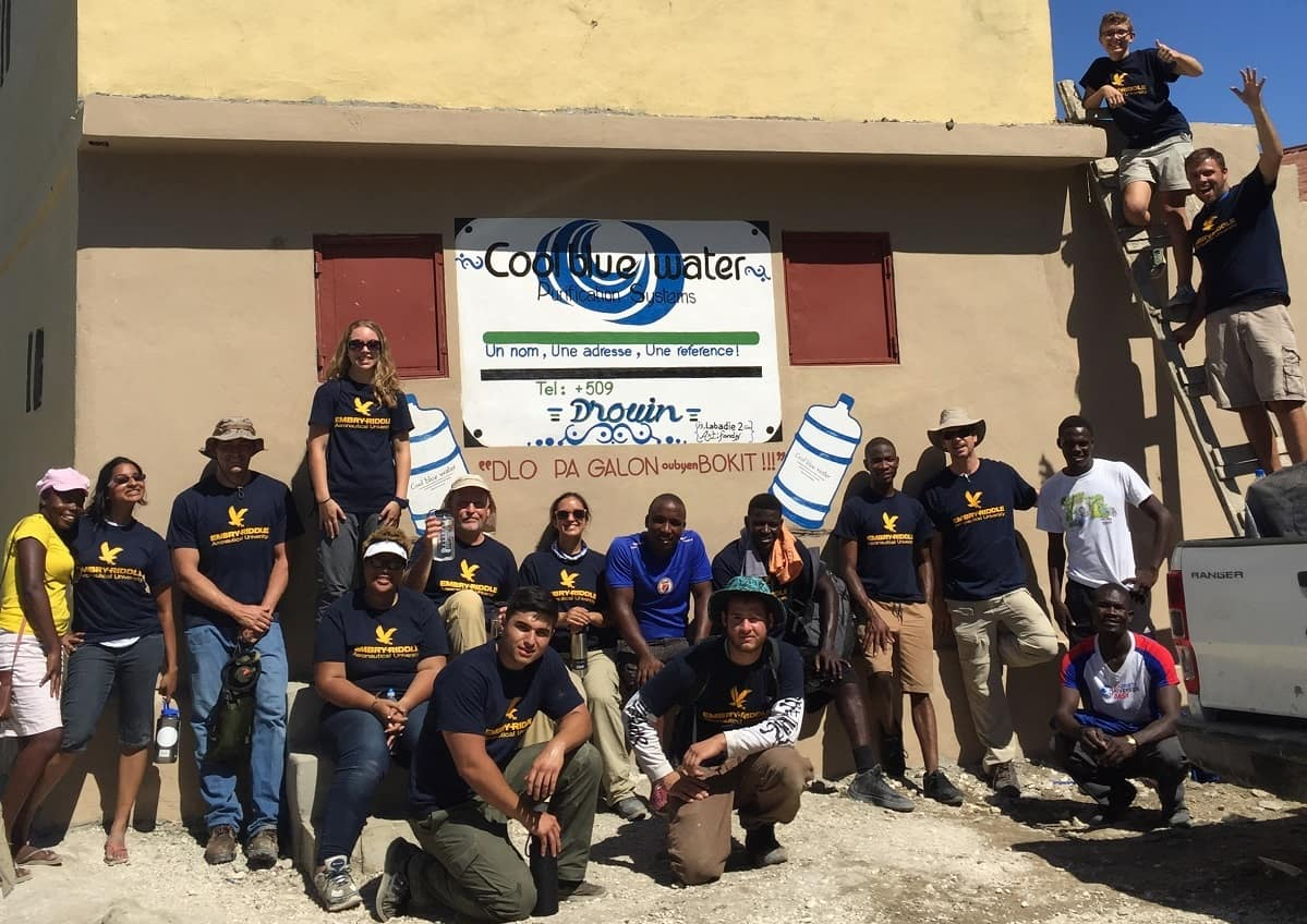 Group photo of Embry-Riddle members in Haiti