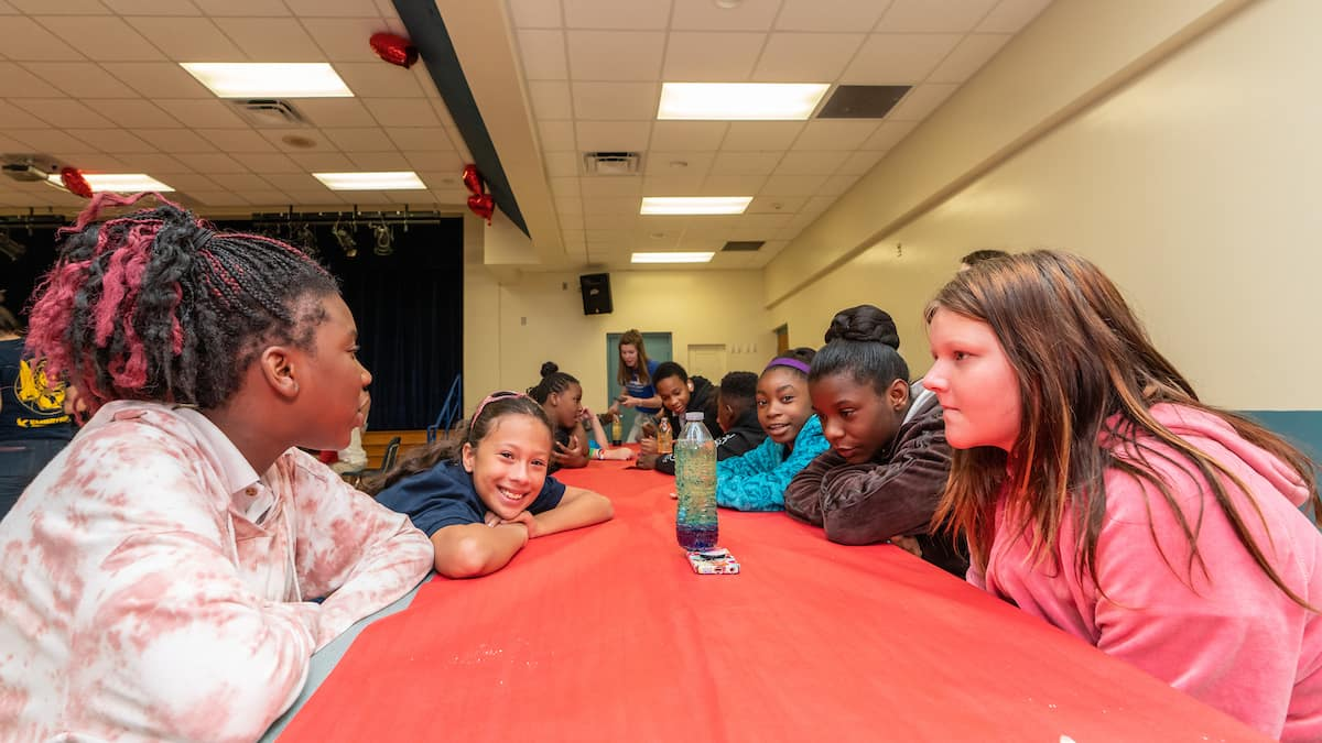 Students at Turie T. Small Elementary School in Daytona Beach, Fla., enjoyed making lava lamps as part of STEM outreach activities organized by Embry-Riddle students and staff during National Engineers Week. Photo: Embry-Riddle/Daryl LaBello