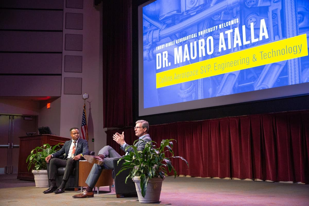 Collins Aerospace Senior Vice President for Engineering Mauro Atalla met students and spoke about the industry's need for innovation at a recent Presidential Speaker Series event.