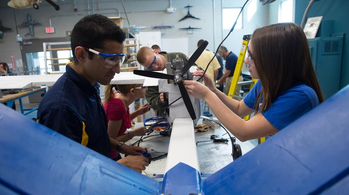 prescott campus launches mechanical engineering department names interim chair embry riddle